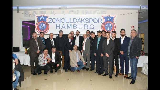 Zonguldaklılar Ve Zonguldak Sporlular Hamburg'da Bir Araya Gelerek Dayanışmanın Örneğini Sergilediler