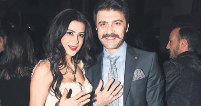 Şahin Irmak ile Asena Tuğal nişanlandı