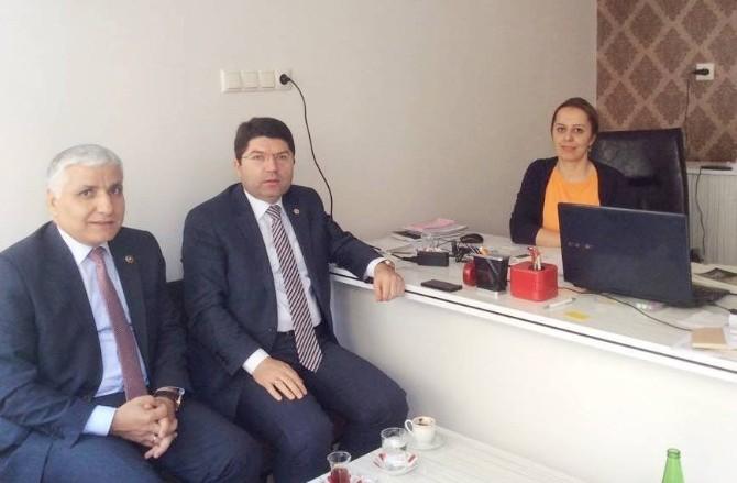 Milletvekili Tunç Tuna Mahallesi Muhtarını Ziyaret Etti