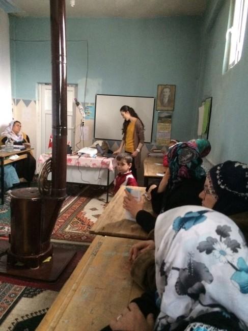 Sason'da Bayanlara Kanser Eğitimi Verildi