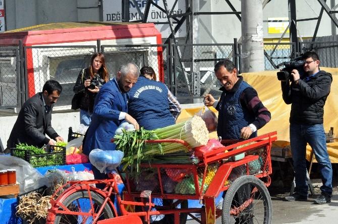 Bolu Pazarında İnsanlık Tezgahı
