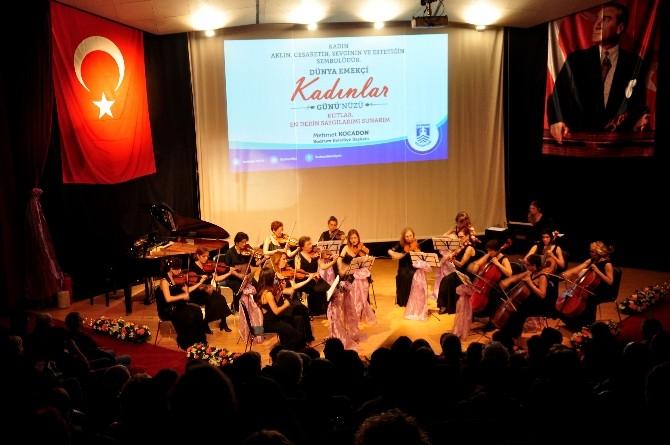 Çağdaş Kadınlar Bodrum'da, Kadınlar Günü'ne Özel Konser Verdi