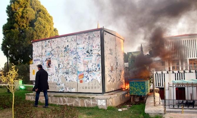 Trafonun Dibinde Yakılan Ateş Korkuttu