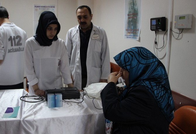 Hastaneye Gelenlere Solunum Testi Yapıldı