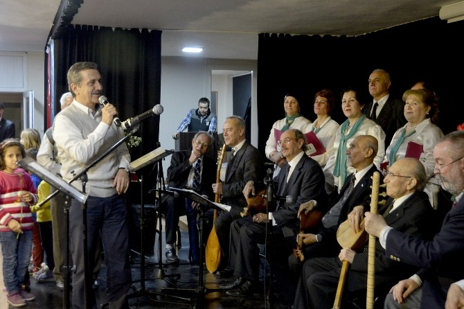 Meşk Derneği Türkülerini Çukurhisar'da Seslendirdi