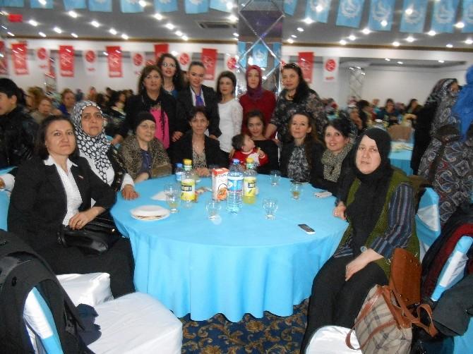 Eskişehirli Ülkücü Kadınlar 8 Mart Dünya Kadınlar Gününü Coşku İle Kutladı