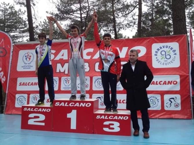 Belediyespor Kulübü Sporcuları 9 Madalya Ve 3 Kupayla Döndüler