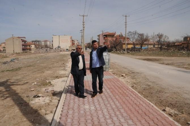 Nar Mahallesinden Belediye Başkanı Akdoğan'a Teşekkür