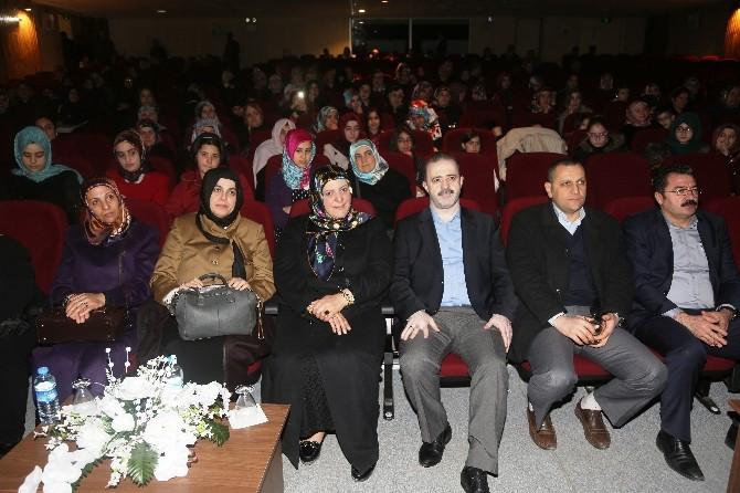 Tuşba Belediyesi'den '8 Mart Dünya Kadınlar Günü' Etkinliği