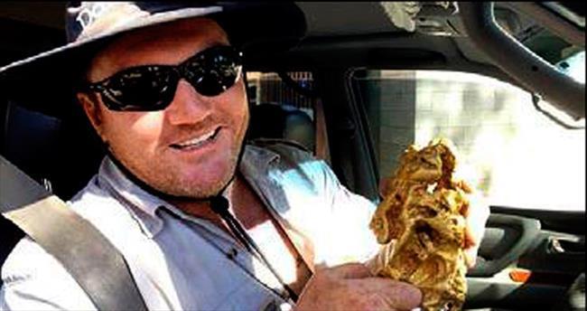 Ava çıktı, 120 bin euroluk altın buldu