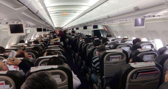 Karadenizli pilot yolcuları gülme krizine soktu