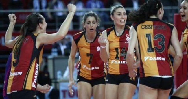 G.Saray Avrupa'da yarı finale yükseldi