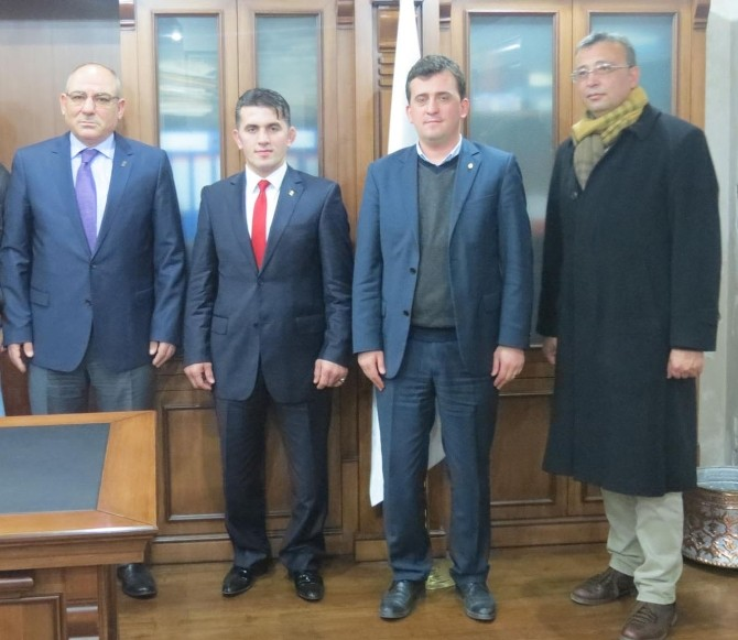 Selçuk Çebi'den Tesob Başkanı Kara'ya Ziyaret