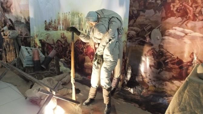 Burhaniye'de Öğrenciler Gezici Çanakkale Müzesini Ziyaret Etti