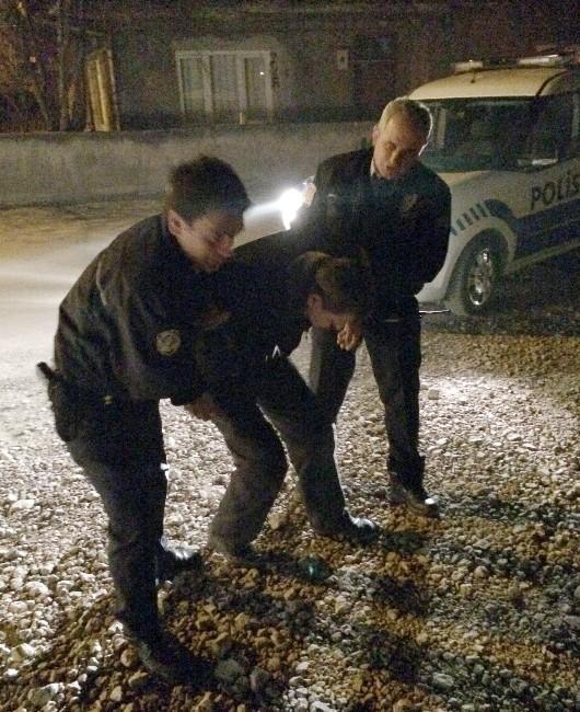 Bolu'da Alkol Komasına Giren Şahıs Polisi Alarma Geçirdi