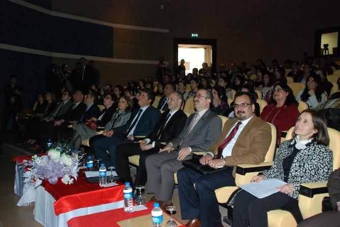 """DÜ'de """"Töre/namus Cinayetlerinde Gelinen Son Nokta Ve Çözüm Önerileri"""" Paneli (2)"""