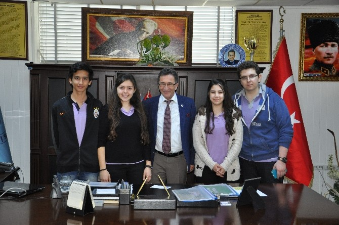 Öğrencilerden Başkan Amca Ziyareti