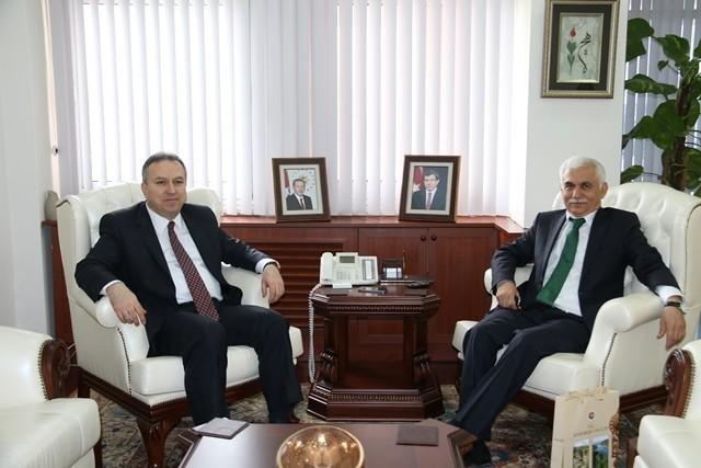 Karabük Valisi Alimoğlu'ndan, Vali Fidan'a Ziyaret