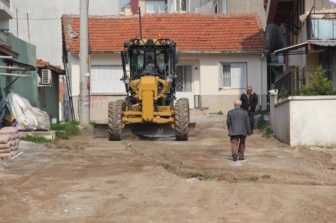 Bucalı Vatandaşlar Toprak Yoldan Kurtuluyor