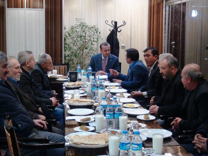 MHP Battalgazi İlçe Teşkilatından Muhtarlar Toplantısı