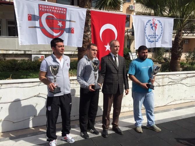 Sinop Deniz Küreğinde Türkiye Birincisi