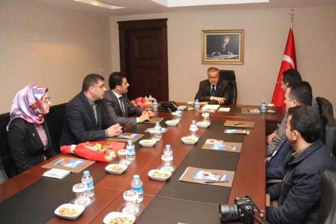 Türkiye Gençlik Vakfı'ndan Vali Ali İhsan Su'ya Ziyaret