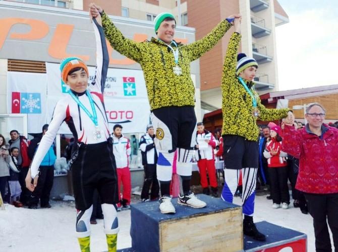 Bitlisli Kayakçılar 40 Madalyayla Döndüler