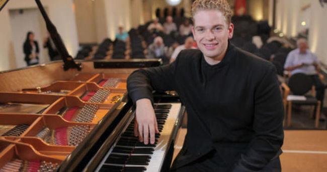 Dünyaca ünlü piyanist İsanbul'da