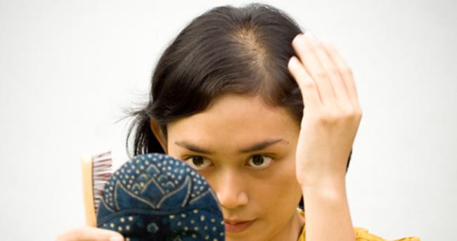 Kadınlarda saç dökülmesine ne iyi gelir?