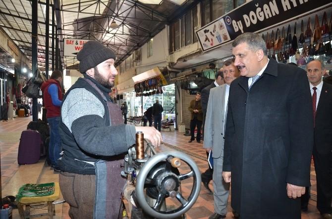 Başkan Gürkan, Ayakkabıcılar Çarşısı'nı Ziyaret Etti