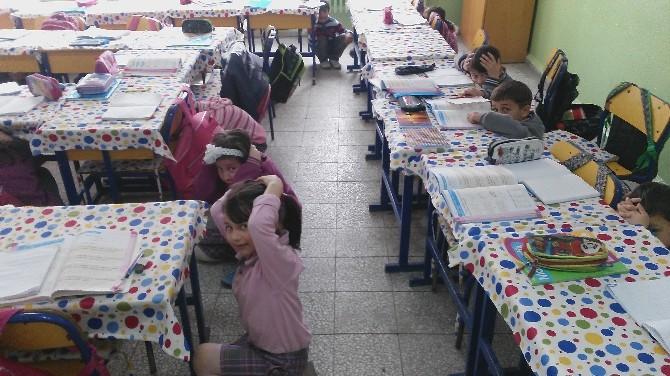 Kırka Atatürk İlkokulu'nda Deprem Tatbikatı