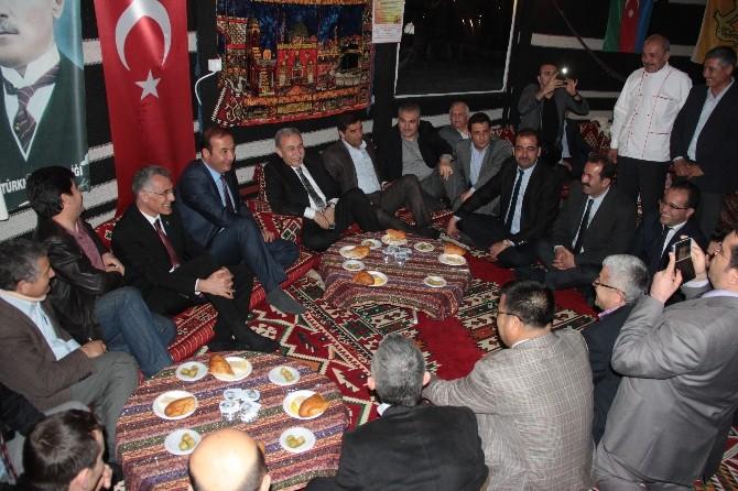 Adana'daki Konyalılar, Hemşerileri Ünal Karaman'ı Otağda Ağırladı