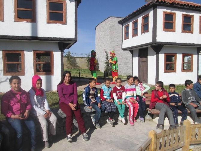 """Tuzlukçu'da """"Kitap Kurdu"""" Kampanyası"""