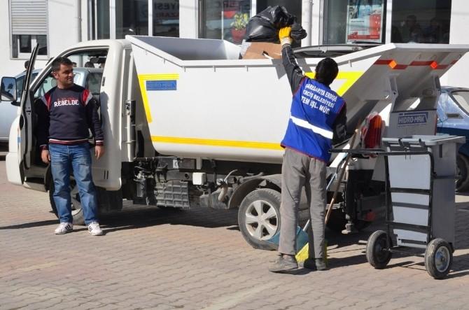 Erciş Belediyesi'nden Bahar Temizliği