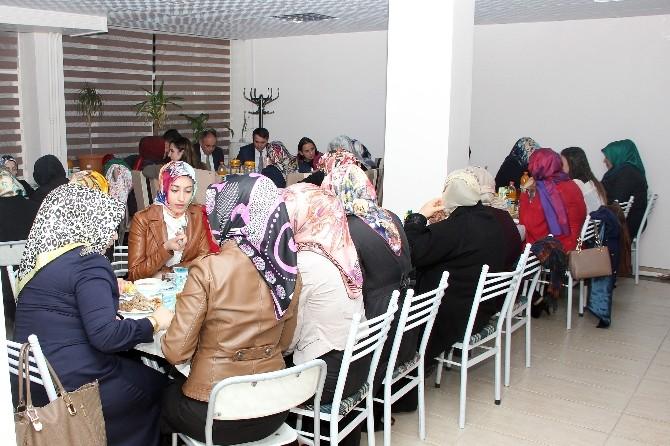 Yahyalı'da 8 Mart Dünya Kadınlar Günü Yemeği