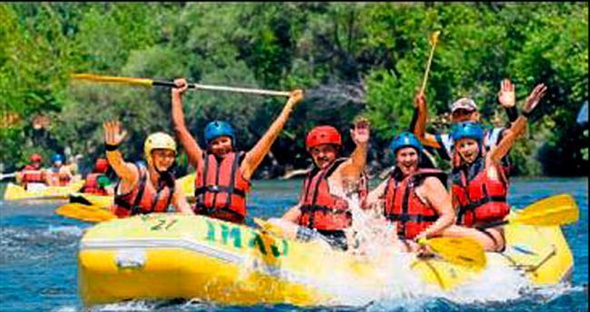 Raftingde hedef İranlı turistler