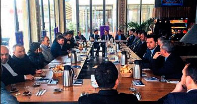 Pursaklar'da esnaf toplantısı