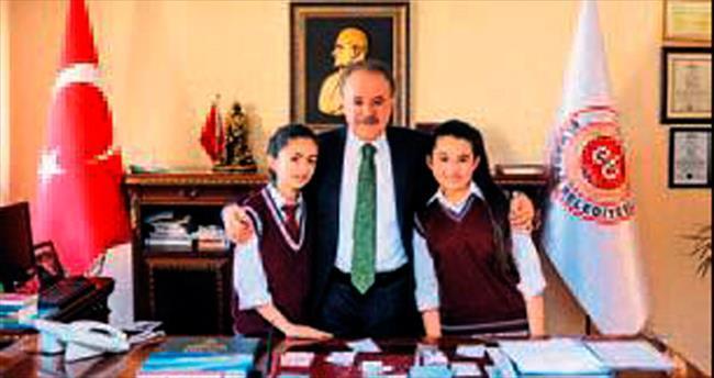İmam hatip öğrencileri Şahin'le röportaj yaptı