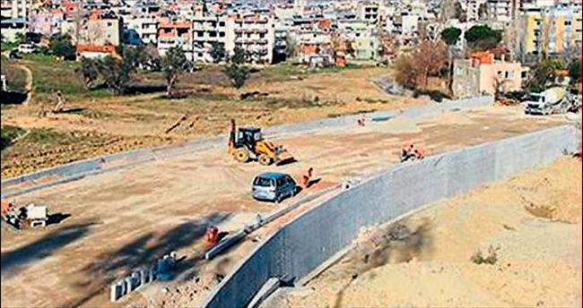 Fuar İzmir'in yol sorunu bitmiyor!
