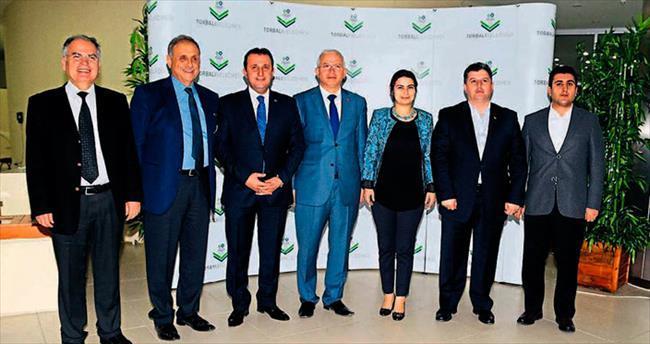 AK Partili 6 başkan Badem'e destek verdi