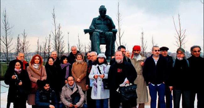 Yaşar Kemal'in heykeli yeni yerinde