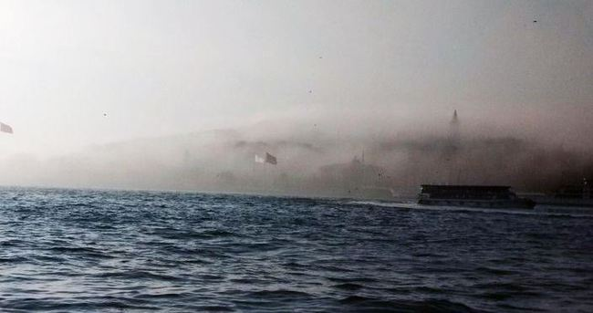 İstanbullular güne sisli başladı
