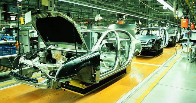 Otomotiv üretimi yarıya yakın arttı