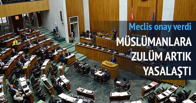 Müslümanların yaşamını zorlaştıran İslam Yasası onaylandı