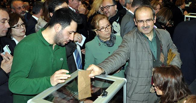İstanbul Üniversitesi yeni rektörünü seçiyor
