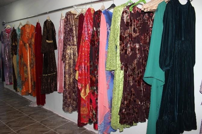 Ağrı Belediyesi Kadın Yöresel Kıyafet Dikim Evi Açıldı
