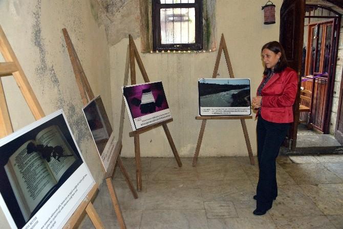Göç Kadınları, Kenar Mahallelerdeki Yaşamlarını Fotoğrafa Yansıttı
