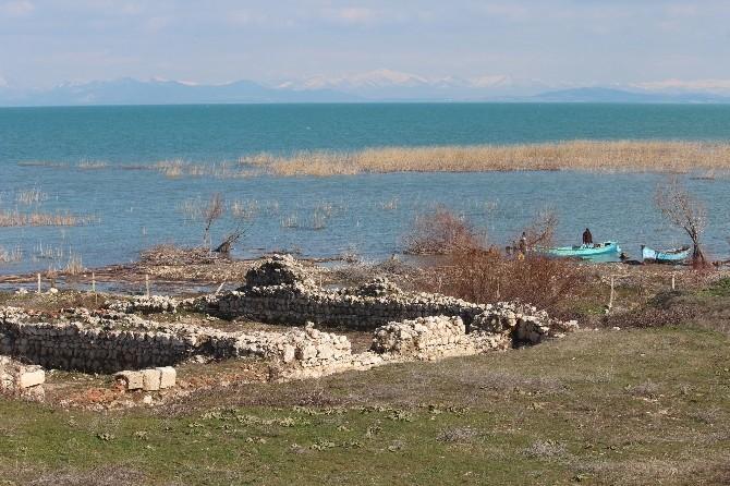 Beyşehir Gölü'ne Kıyısı Olan Mahallelere Feribotlu Ulaşım