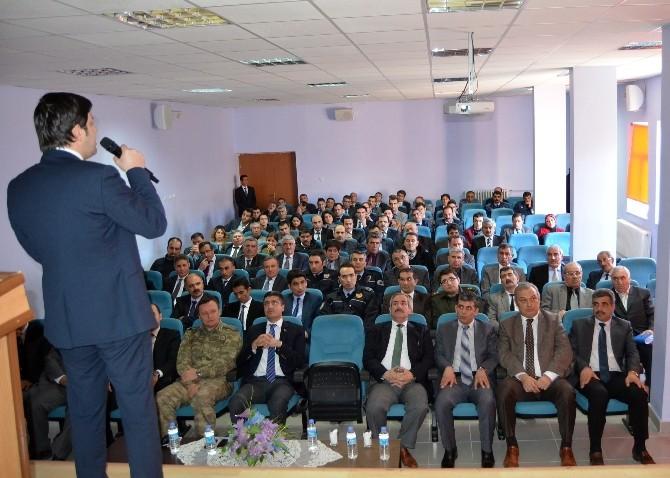 Adilcevaz'da 'Devlet Yönetimi Ve Protokol' Semineri