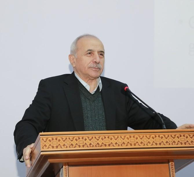 Erciyes Üniversitesi'nde Gençlik Ve Geleceğimiz Konferansı
